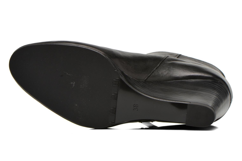 Crocus Black Nappa