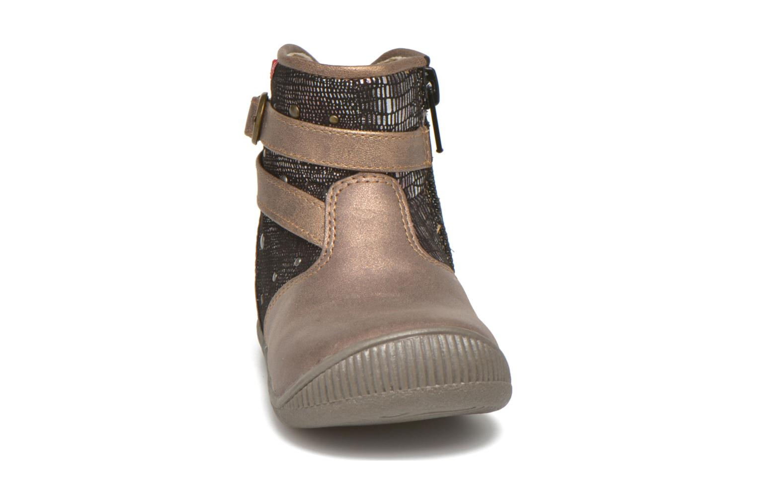 Ankle boots NA! Amaria Bronze and Gold model view