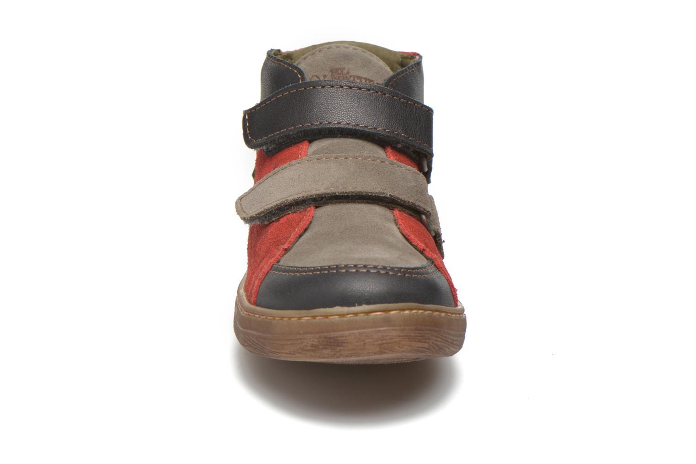 Sneaker El Naturalista E056 Kepina rot schuhe getragen