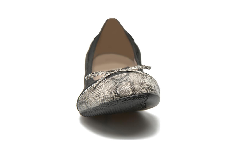 Ballerines Les P'tites Bombes Caprice Noir vue portées chaussures