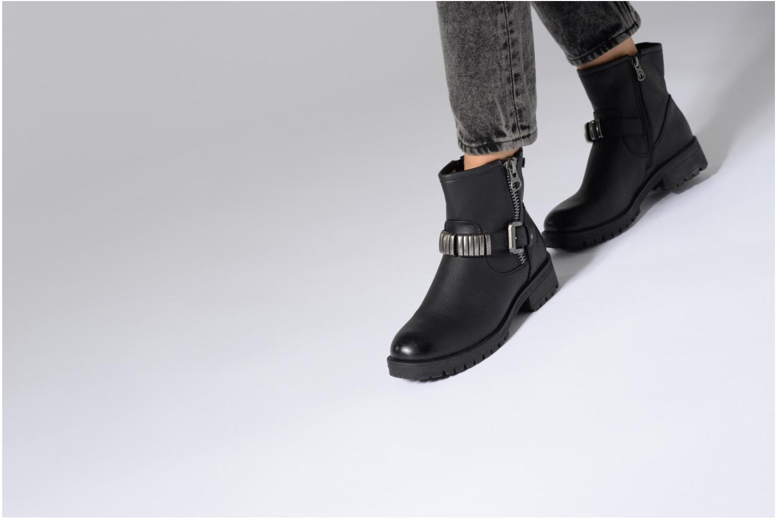 Ankle boots Refresh Marion-62163 Black view from underneath / model view