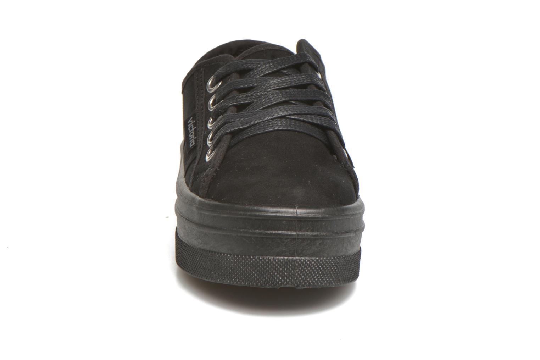 Baskets Victoria Blucher Antelina Plataf Noir vue portées chaussures