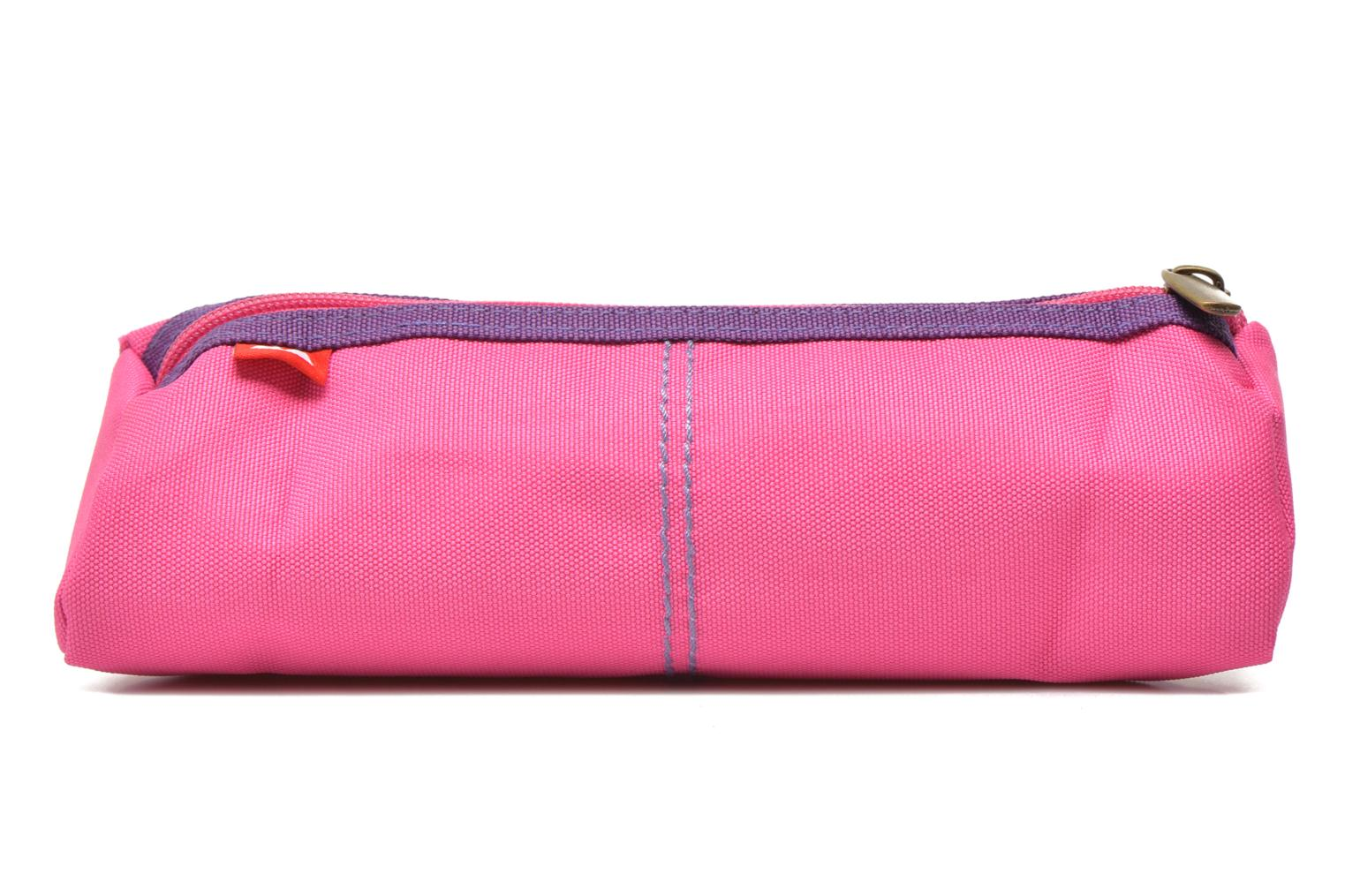 School bags Poids Plume Trousse triangle unie Pink front view