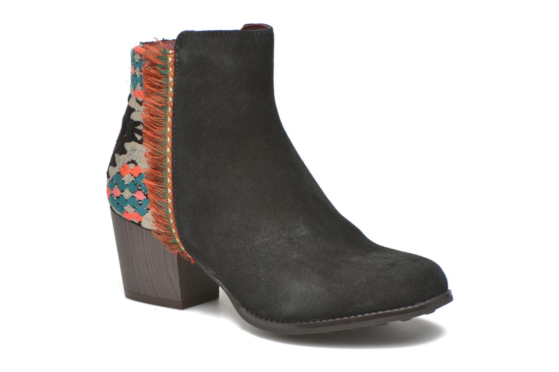 Bottines et boots Desigual Indian country Noir vue détail/paire