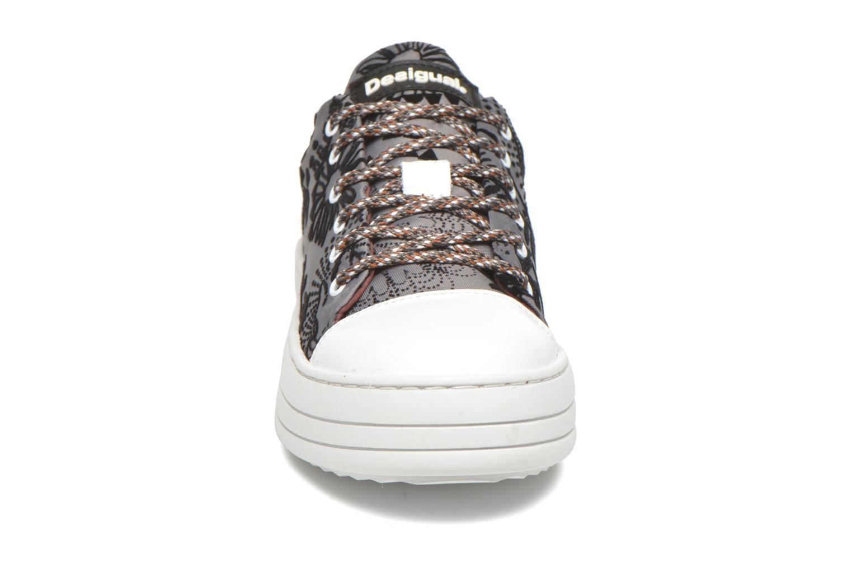Baskets Desigual Funky Gris vue portées chaussures