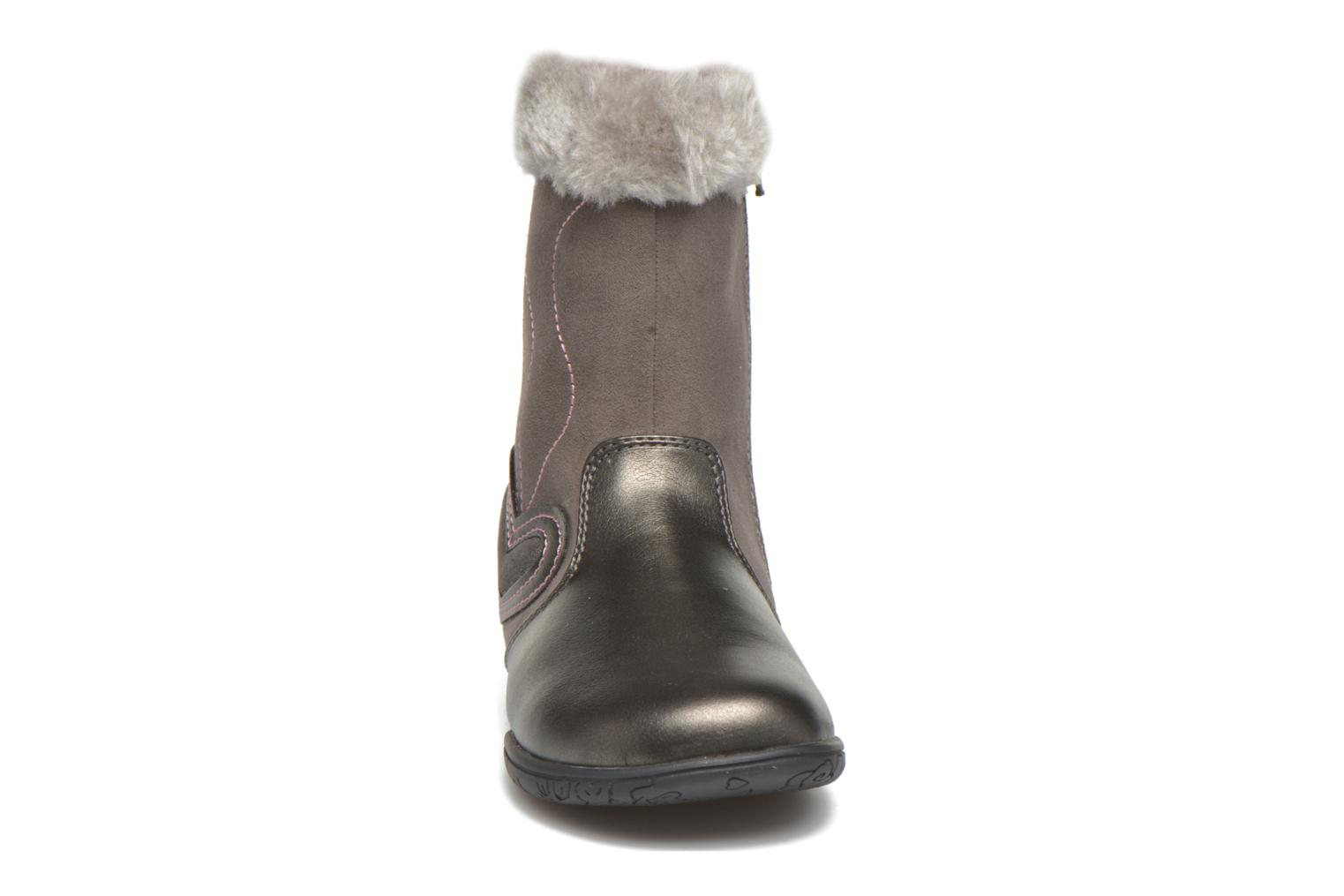 Boots & wellies Chicco Cilly Grey model view