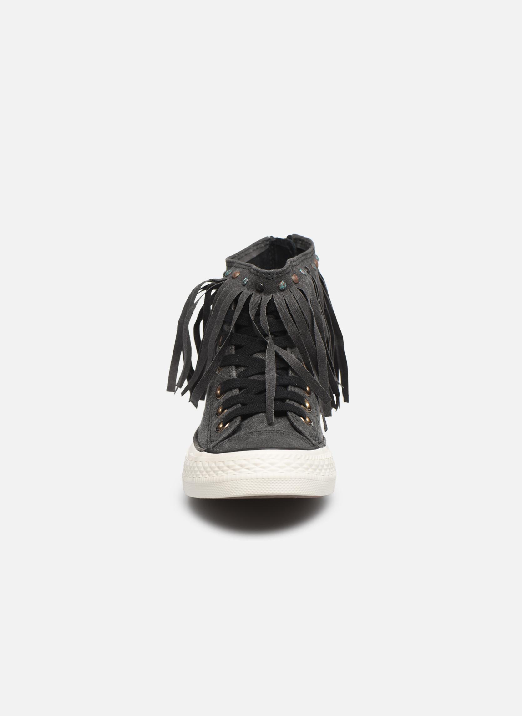 Sneaker Converse Chuck Taylor All Star Fringe Hi W schwarz schuhe getragen