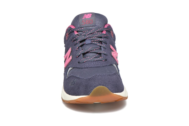 Baskets New Balance KL580 J Gris vue portées chaussures