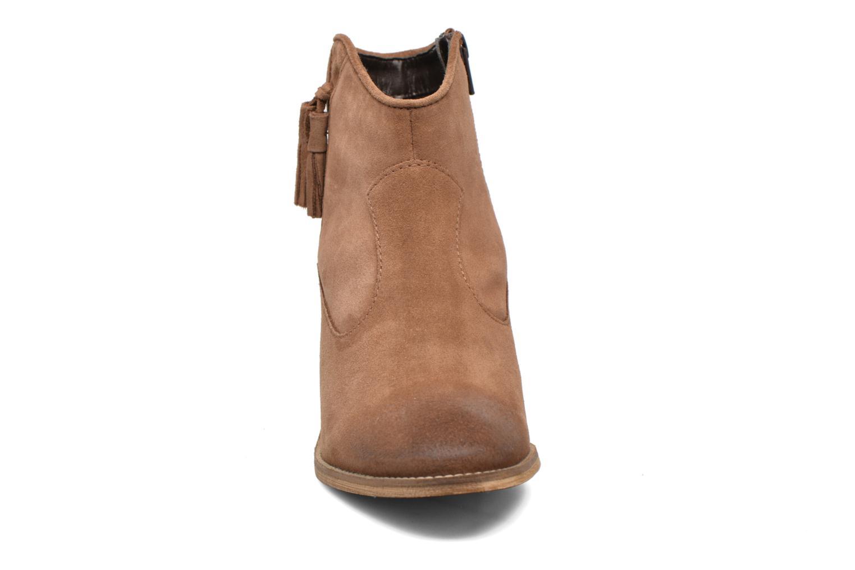 Bottines et boots Esprit Bake Tossel Marron vue portées chaussures