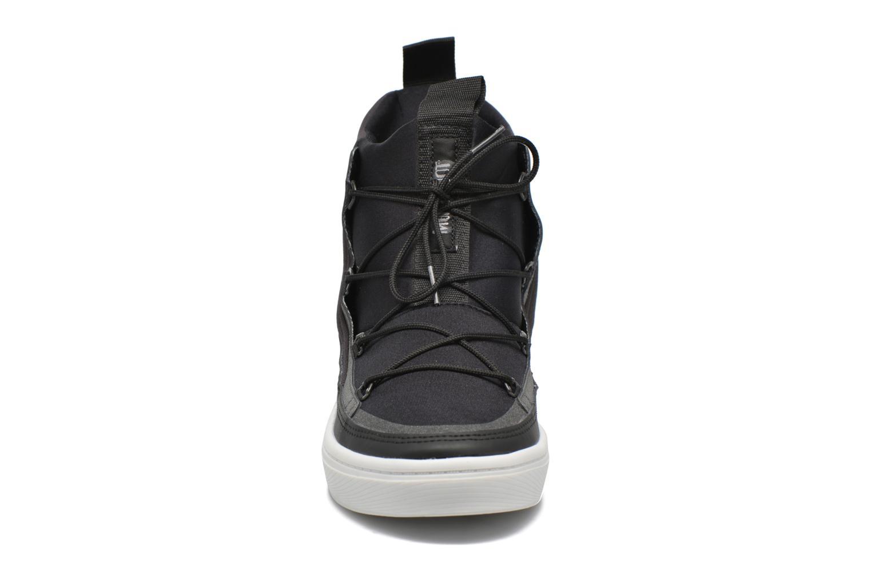 Chaussures de sport Moon Boot Vega Tf Noir vue portées chaussures