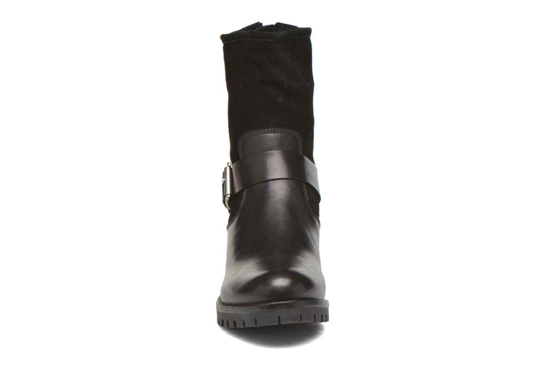 Bottines et boots Kickers Kikoo Noir vue portées chaussures