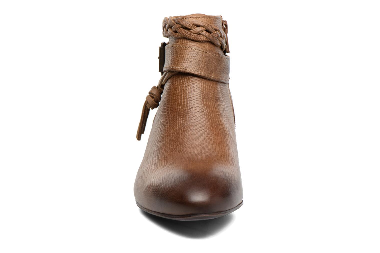 Stiefeletten & Boots Kickers Westboots braun schuhe getragen