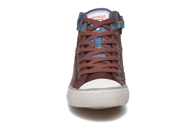 Baskets Kaporal Icarnito Bordeaux vue portées chaussures