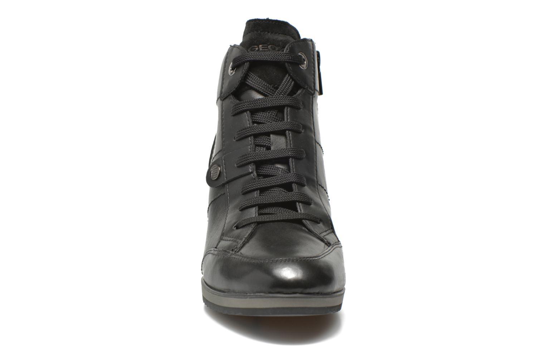 Baskets Geox D ILLUSION A D4454A Noir vue portées chaussures