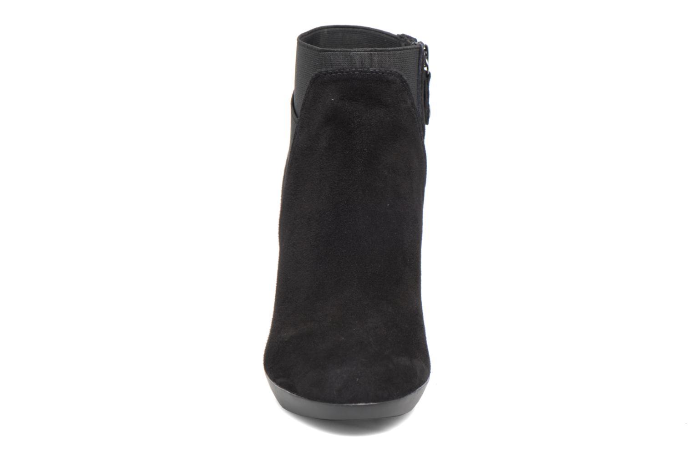 Bottines et boots Geox D INSPIRATION ST. B D64G9B Noir vue portées chaussures