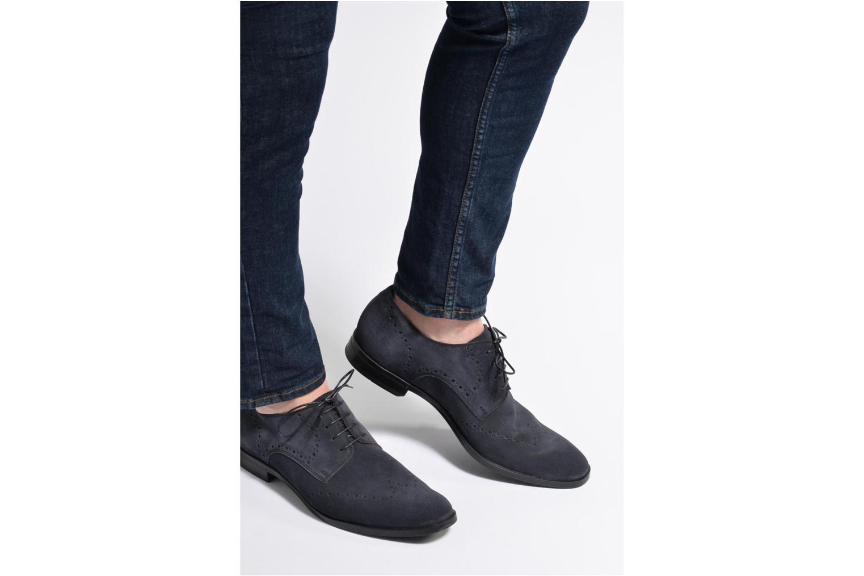 Chaussures à lacets Marvin&Co Nottingham Marron vue bas / vue portée sac