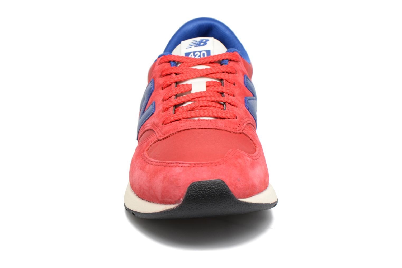 Baskets New Balance MRL420 Rouge vue portées chaussures