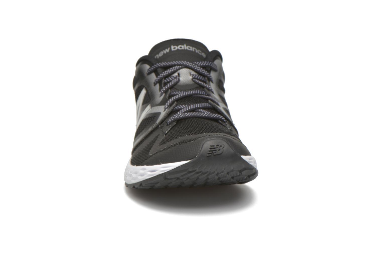 Chaussures de sport New Balance WX822 Noir vue portées chaussures