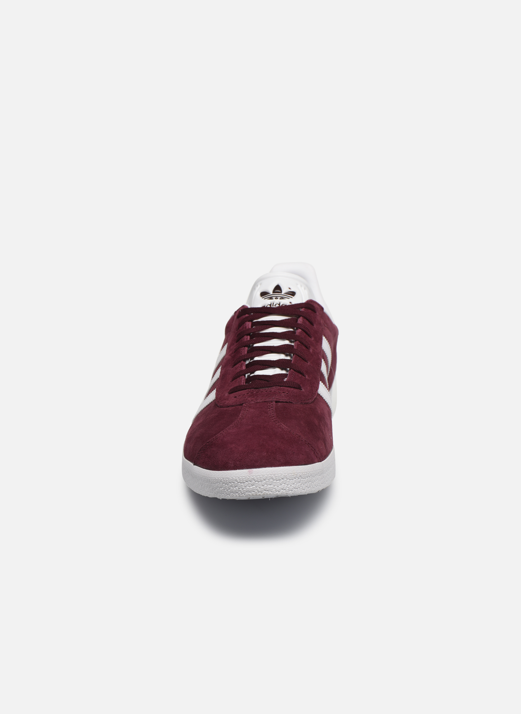 Sneakers Adidas Originals Gazelle Bordò modello indossato