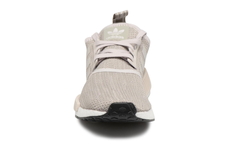 Sneakers Adidas Originals Nmd_R1 Grå bild av skorna på