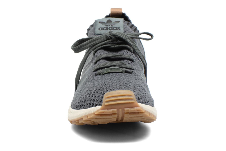 Baskets Adidas Originals Zx Flux Pk Vert vue portées chaussures