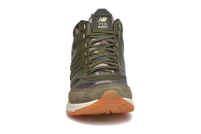 Baskets New Balance WVL710 Vert vue portées chaussures