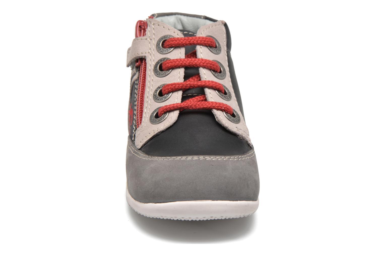 Bottines et boots Kickers Barney Gris vue portées chaussures