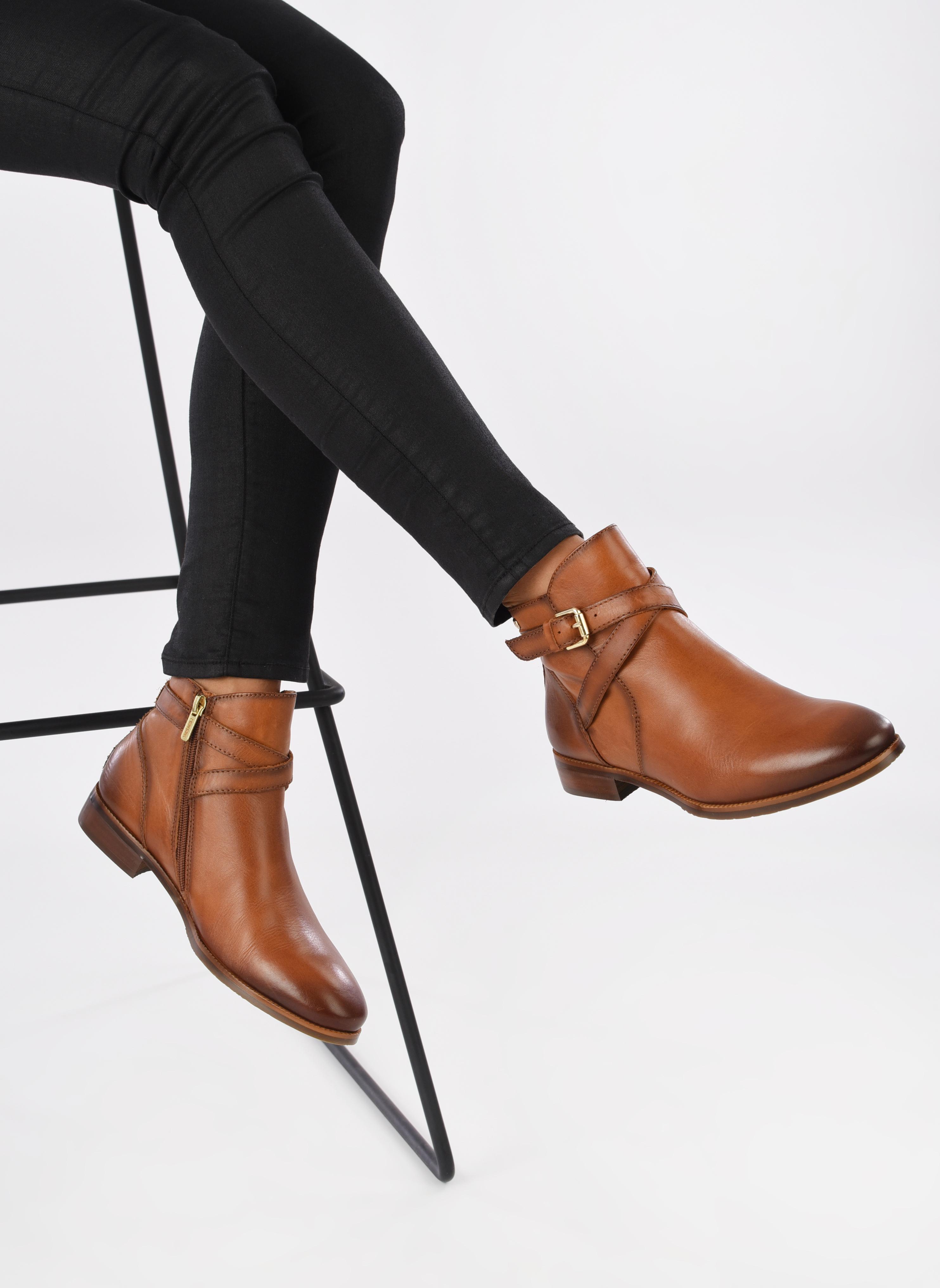 Boots en enkellaarsjes Pikolinos ROYAL W4D-8614 Bruin onder