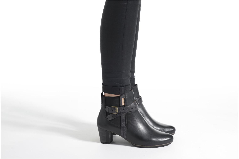 Bottines et boots Pikolinos SEGOVIA W1J-8795 Noir vue bas / vue portée sac