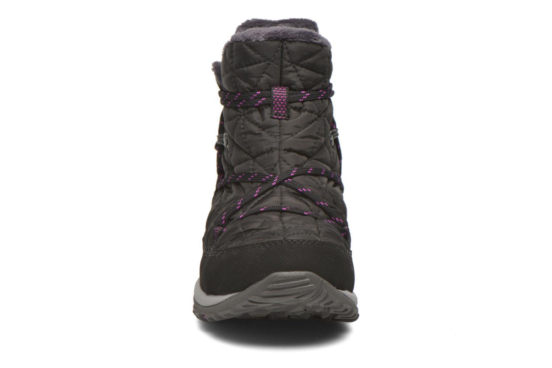 Chaussures de sport Columbia Loveland Shorty Omni-Heat Noir vue portées chaussures