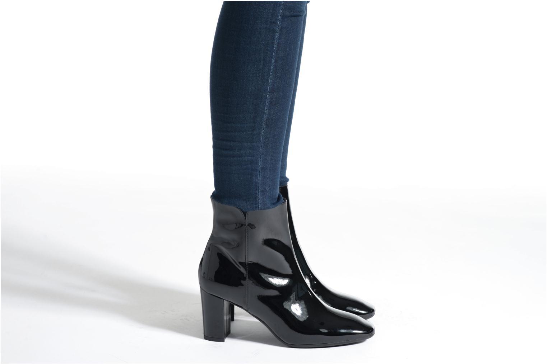 Bottines et boots L.K. Bennett ROBBIE Noir vue bas / vue portée sac