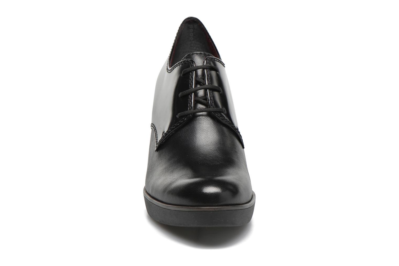 Chaussures à lacets Tamaris Amaryllis Noir vue portées chaussures