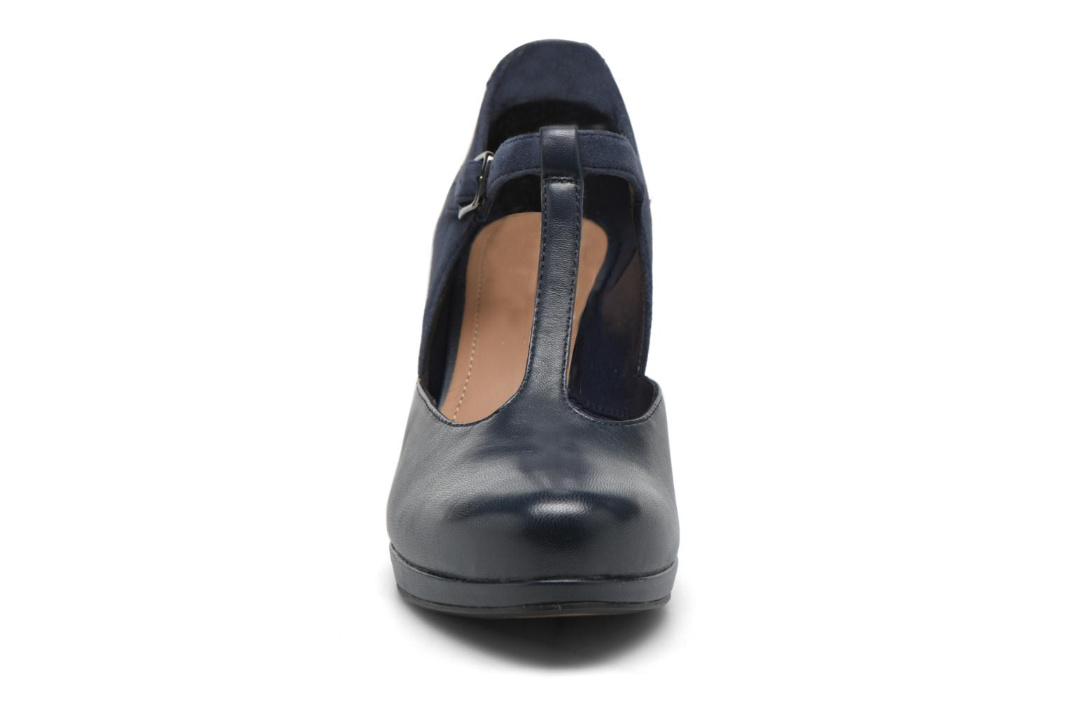Chorus Gia Navy leather
