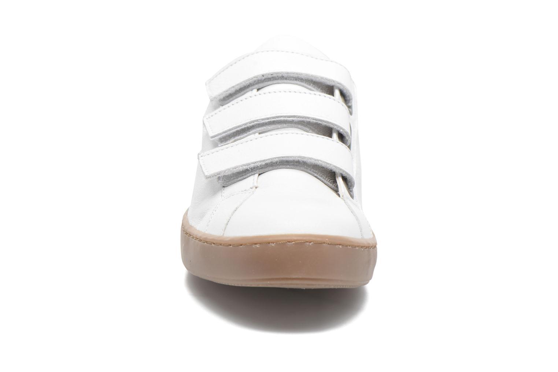 Baskets Georgia Rose Ascratch Blanc vue portées chaussures