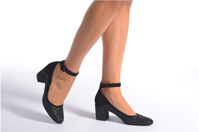 Pumps Made by SARENZA Notting Heels #9 schwarz ansicht von unten / tasche getragen