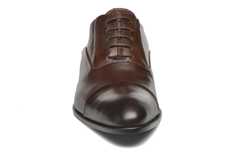 Chaussures à lacets Marvin&Co Norwood Marron vue portées chaussures