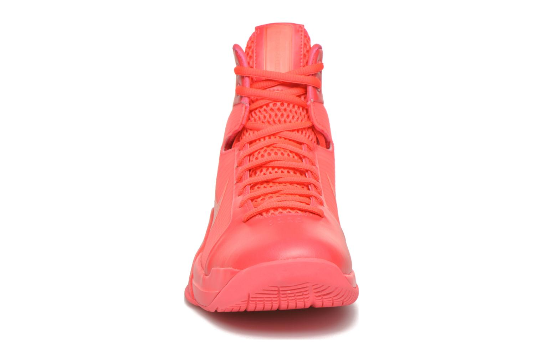 Chaussures de sport Nike Nike Hyperdunk '08 Rouge vue portées chaussures