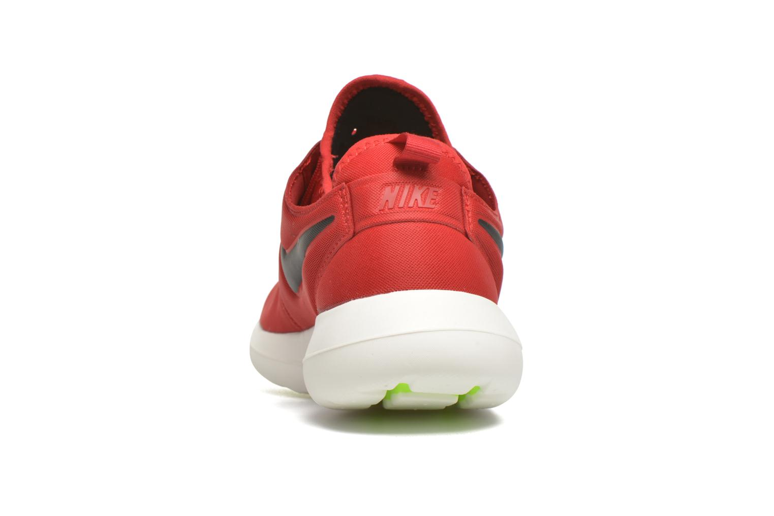 Baskets Nike Nike Roshe Two Rouge vue droite