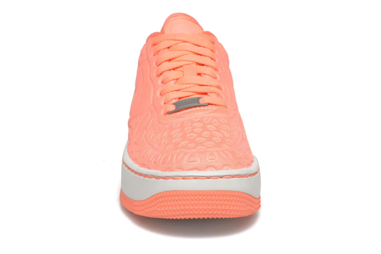 Baskets Nike Nike W Af1 Upstep Se Orange vue portées chaussures