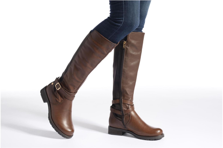 Stiefel Xti Allie-16186 braun ansicht von unten / tasche getragen