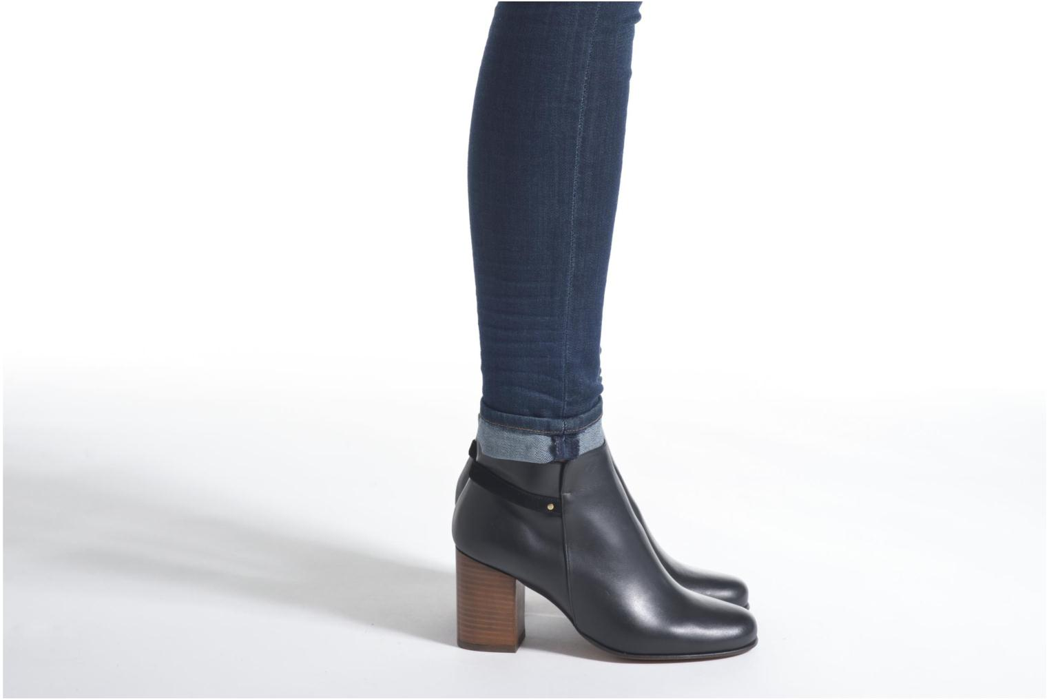 Ankle boots Minelli Gezial Black view from underneath / model view