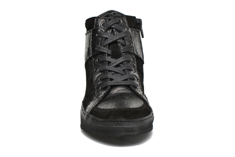 Baskets Khrio Broma Noir vue portées chaussures