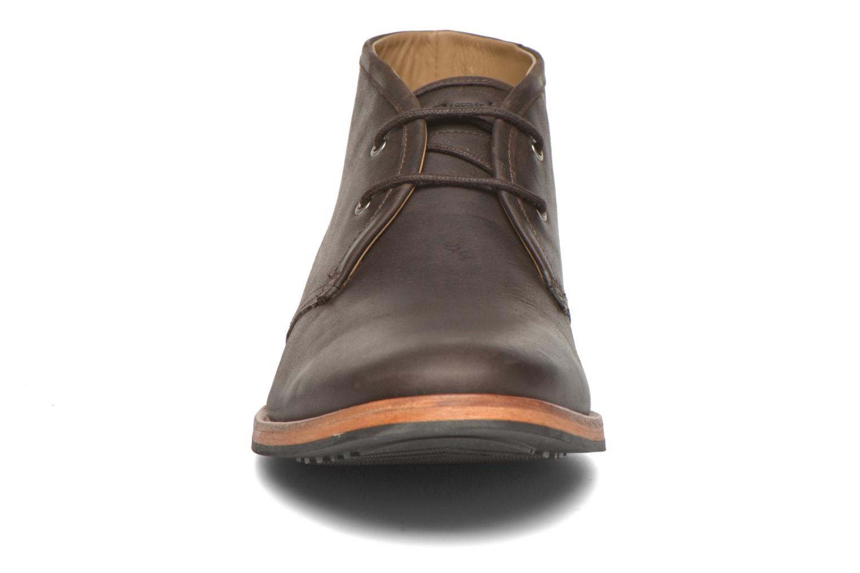 Chaussures à lacets Hush Puppies Kieran Charge Marron vue portées chaussures