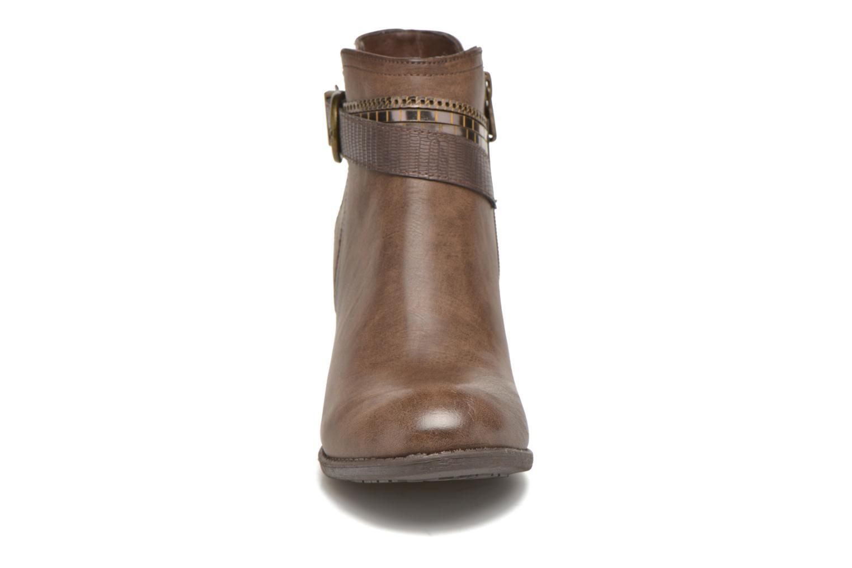 Bottines et boots Refresh Jeanne 63111 Marron vue portées chaussures