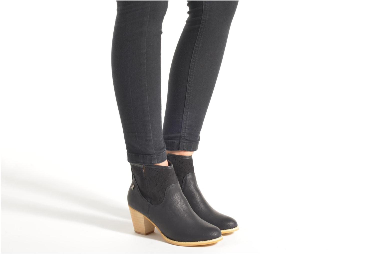 Stiefeletten & Boots Refresh Omalia-61706 weiß ansicht von unten / tasche getragen