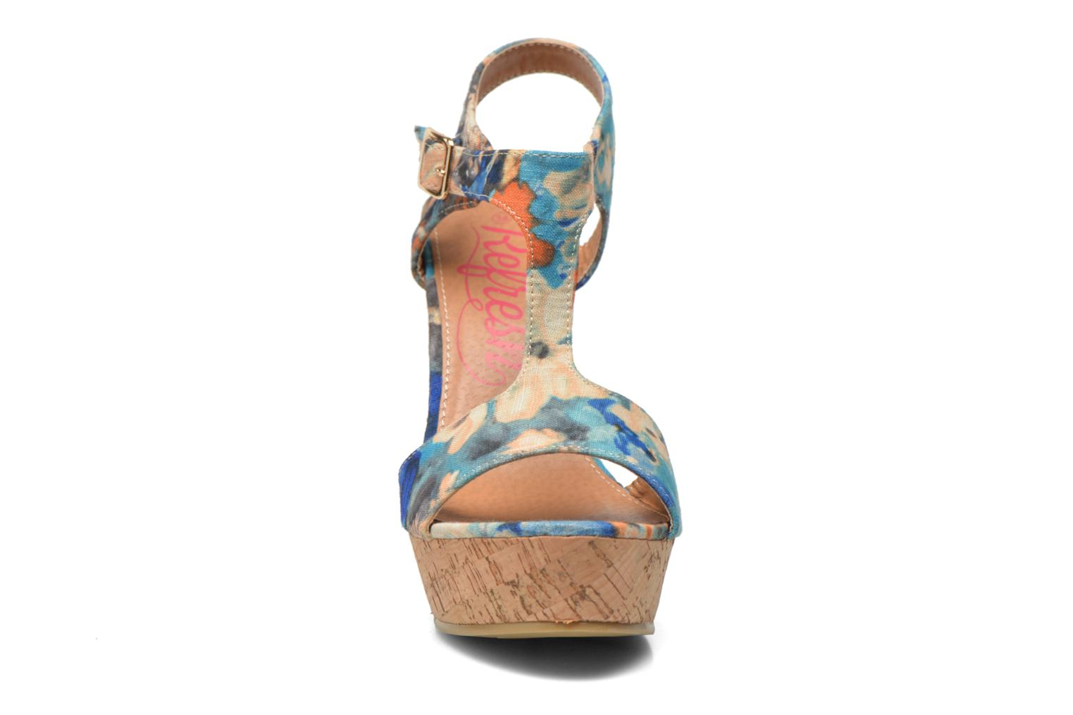 Sandalias Refresh Yalta-61830 Multicolor vista del modelo