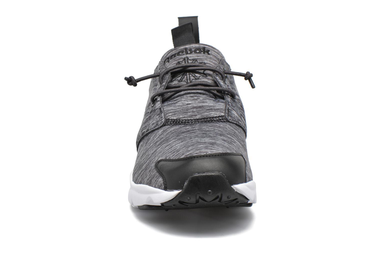 Baskets Reebok Furylite Jersey Noir vue portées chaussures