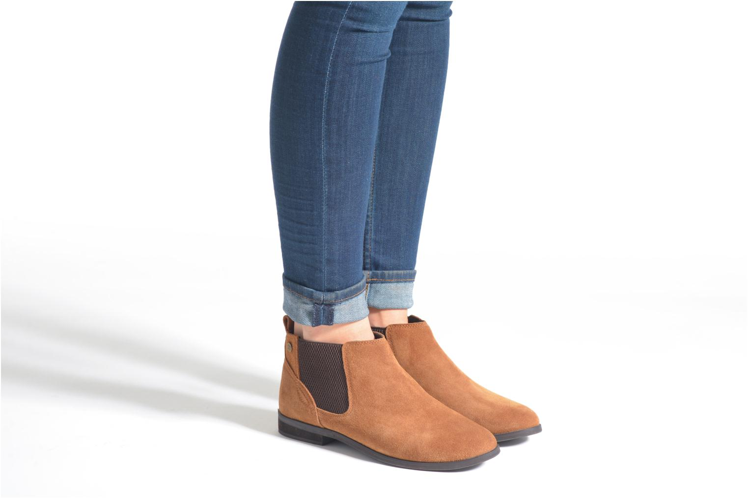 Ankle boots Gioseppo Kentucky Brown view from underneath / model view