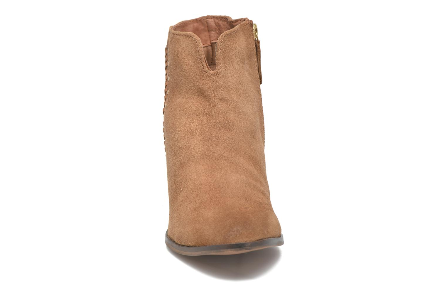 Ankle boots Gioseppo Opelika Brown model view