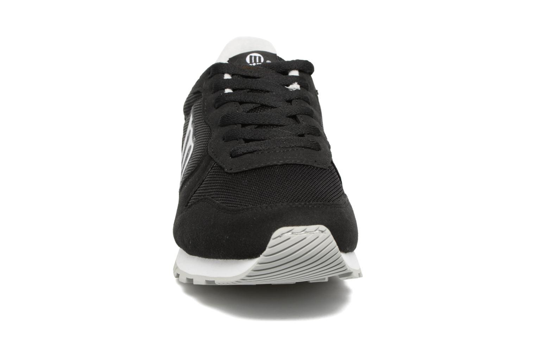 Baskets MTNG Jakomo 83540 Noir vue portées chaussures